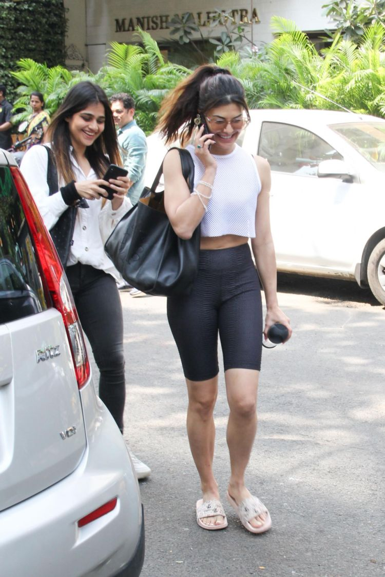 Jacqueline Fernandez Candids In A Sporty Outfit