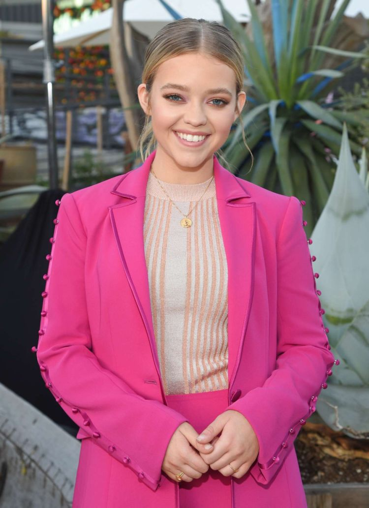 Pretty Jade Pettyjohn In Pink Outfit At #BlogHer20 Health At Rolling Greens In Los Angeles