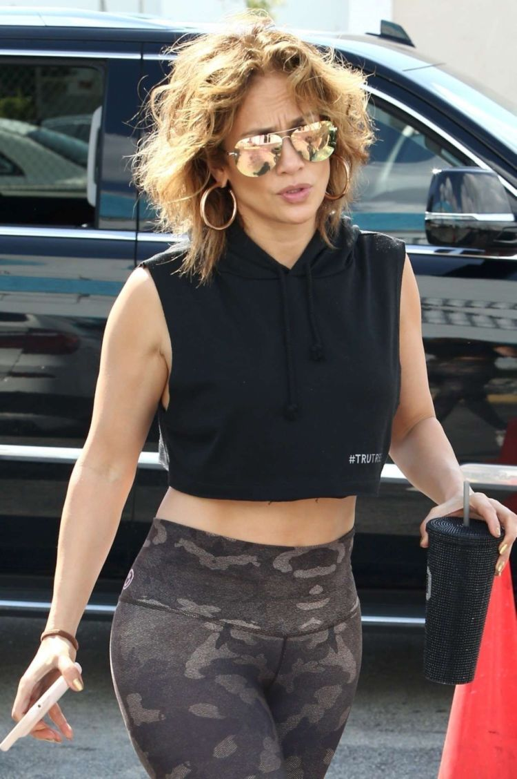 Jennifer Lopez Candids In Leggings At The Gym In Miami