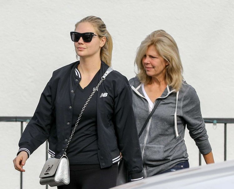 Kate Upton Spotted Outside A Gym In Beverly Hills