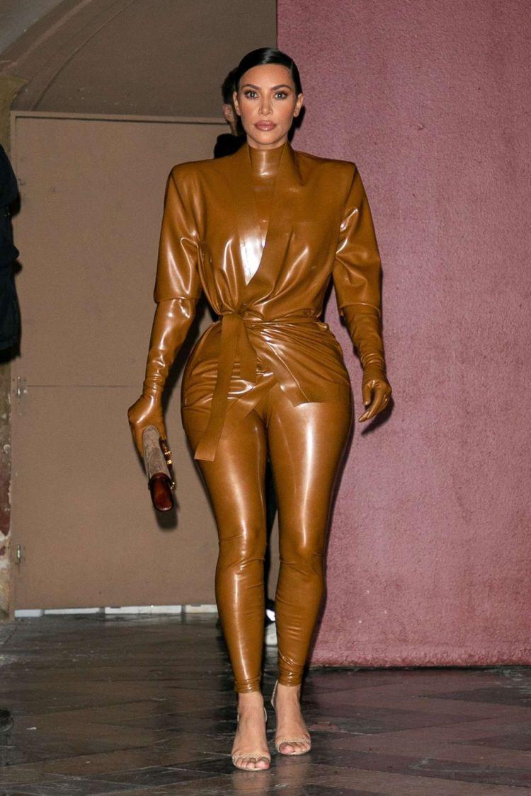Kim Kardashian Candids Outside K West's Sunday Service at Theatre Des Bouffes Du Nord In Paris